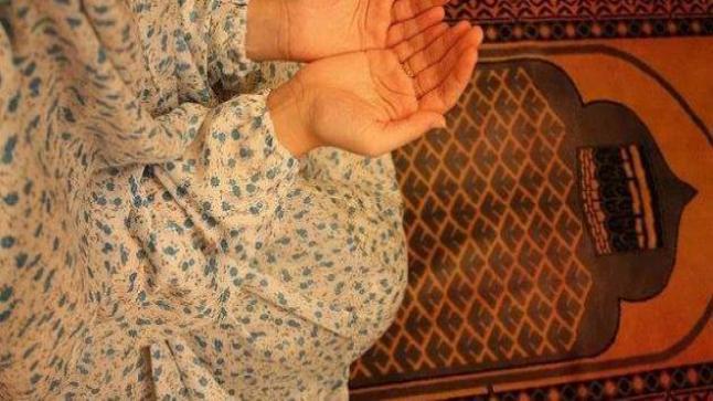 ما حكم الدعاء بعد الصلاة